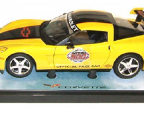 Corvette 2005 Daytona 500 Yellow with Black Coupe 1/24 Diecast