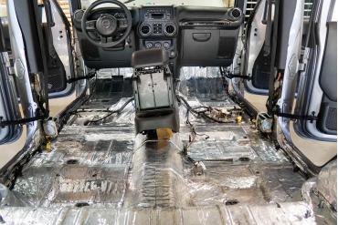 HushMat Jeep Cherokee 2014-2018   Floor Deadening and Insulation Kit 665071